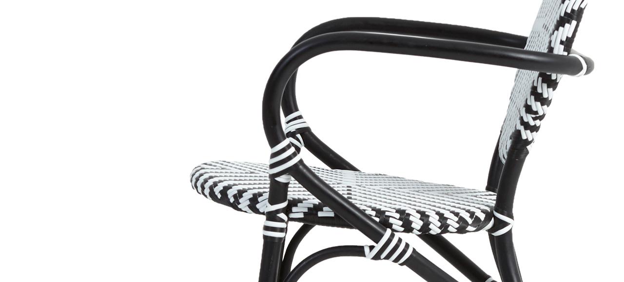 Dayak Chair Left 1