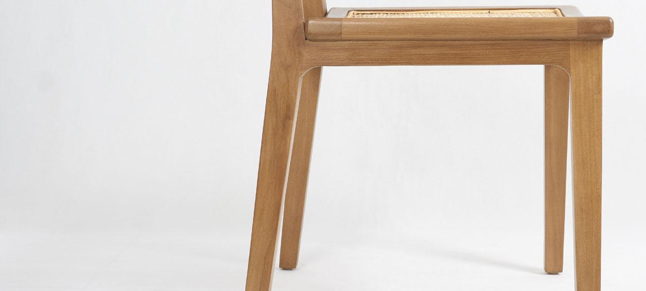 nias chair detail 2
