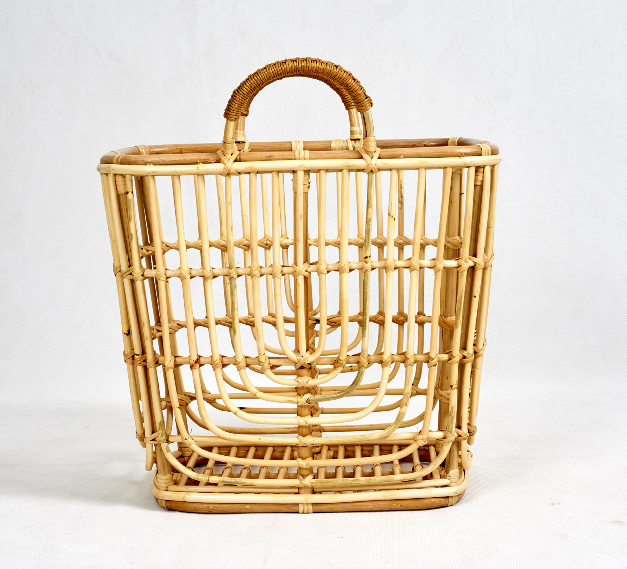 rattan basket detail 3