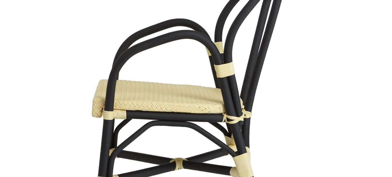 Pandura Chair Left 2