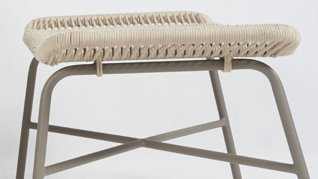 pandura lounge stool detail 2